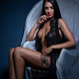 Miss AM by Peter Driessel - Nudes & Boudoir Boudoir