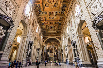 Photo: Inside San Giovanni Cathedral