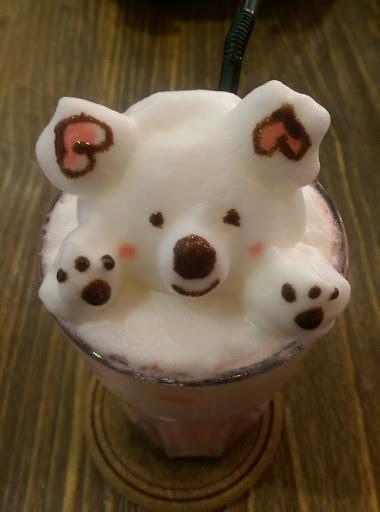 草莓牛奶好喝,濃郁 無尾熊拉花