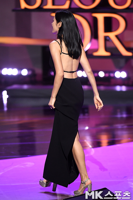 sonyejin gown 42