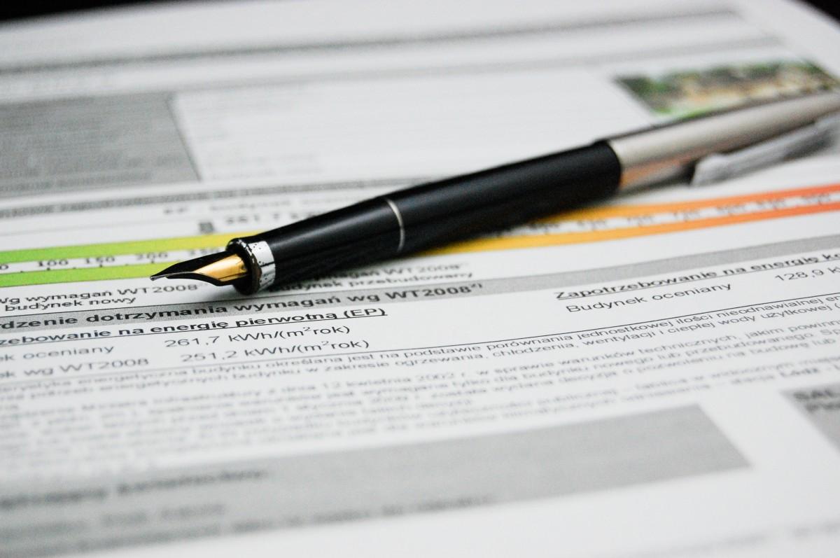 escritura bolígrafo firmar negocio papel marca documento documentos acuerdo Certificado energético