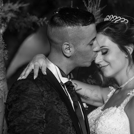 Wedding photographer Elisabetta Figus (elisabettafigus). Photo of 19.02.2018