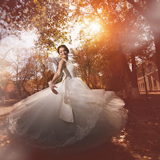 Wedding photographer Yuriy Rachenkov (avantyurka). Photo of 07.11.2014