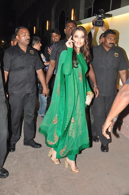 Aishwarya Rai hot photos, Aishwarya Rai sandals, Aishwarya Rai feet