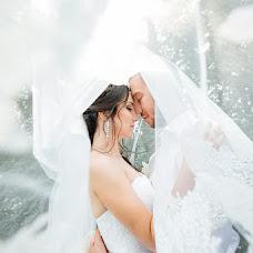 Wedding photographer Alina Biryukova (Airlight). Photo of 19.10.2015