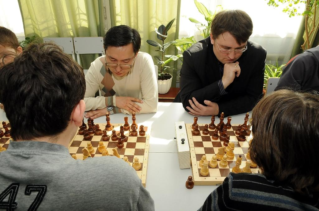 http://chronicle.omsu.ru/wp-content/gallery/v15-petrov/dsc_6177.jpg