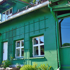 GREEN HOUSE by Wojtylak Maria - Buildings & Architecture Homes ( green, living, old style, house, architecture,  )