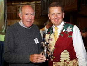 Photo: Elmer and the Kennewell Trophy with Bill Turnbull