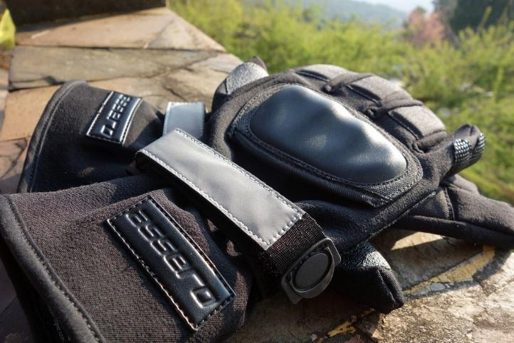 Motorcycle Glove Safety