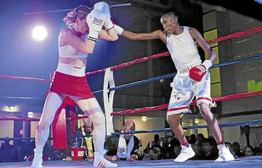 Bukiwe Nonina, who was born in Dutywa will trade leather with Babalwa Nonqonqotha from Duncan Village, in an all Eastern Cape lasses battle at the Willowvale Indoor Centre.