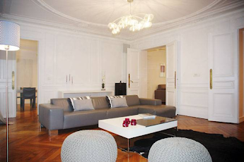 3 bedroom Serviced Apartment in Opera