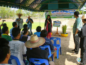Photo: Opening session by Dr. Abha Mishra, Team Leader, SRILMB in Tron district, Uttaradit