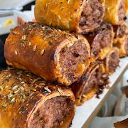 sausage roll — pork, stornoway + apple.