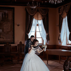 Wedding photographer Vladimir Mikhalenko (GhostlyTalamaur). Photo of 21.02.2014