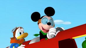 Mickey Saves Santa thumbnail