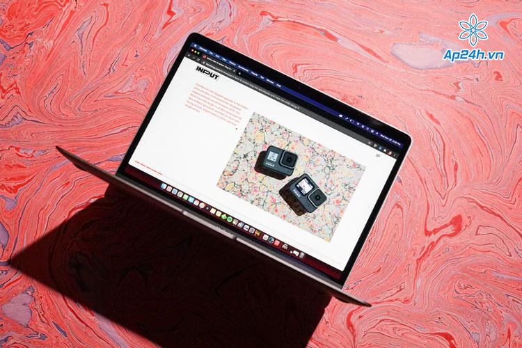 MacBook Air M1 chưa có cảm ứng màn hình
