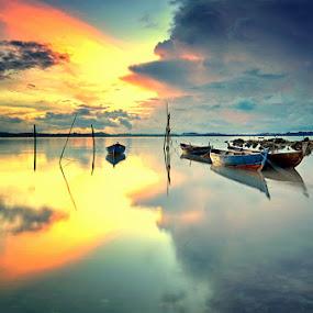 Rest Area by Arief Wardhana - Transportation Boats