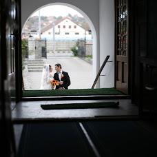 Wedding photographer Arnold Botos (botos). Photo of 02.11.2015