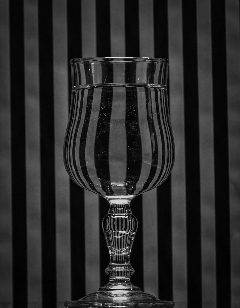 Monochromatic Stripes di giovanni_aristodemo