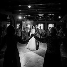 Wedding photographer Aleksandr Azarov (PHOTOPARA). Photo of 16.10.2016