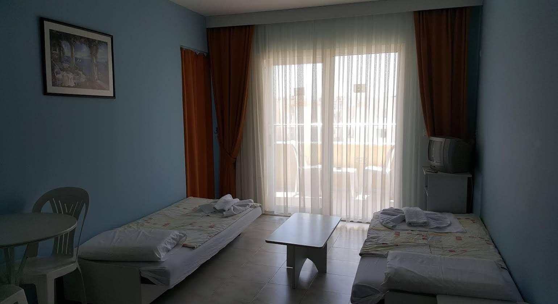 Golden Moon Apart Hotel