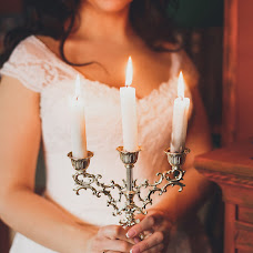 Wedding photographer Aleksandra Lovcova (AlexandriaRia). Photo of 12.04.2017
