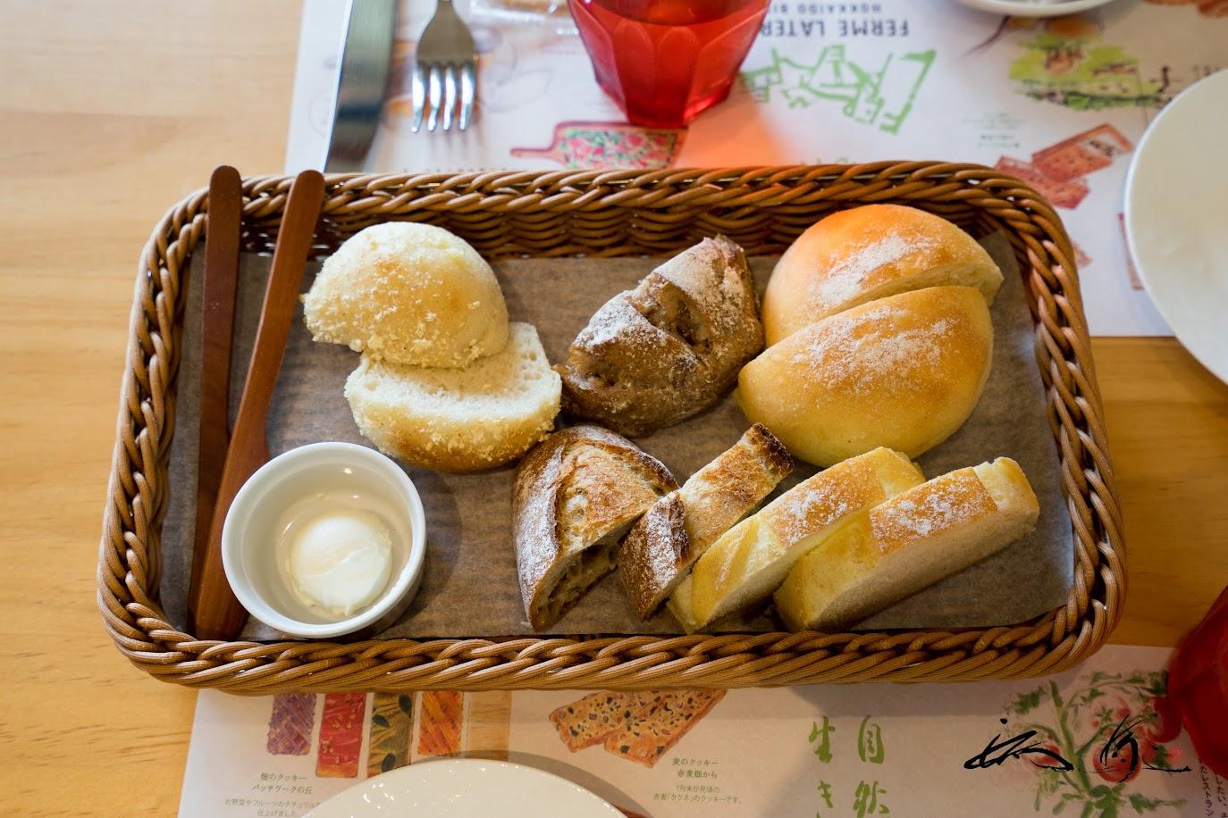 パンの盛り合わせ5種 ジャージーミルクバター付き