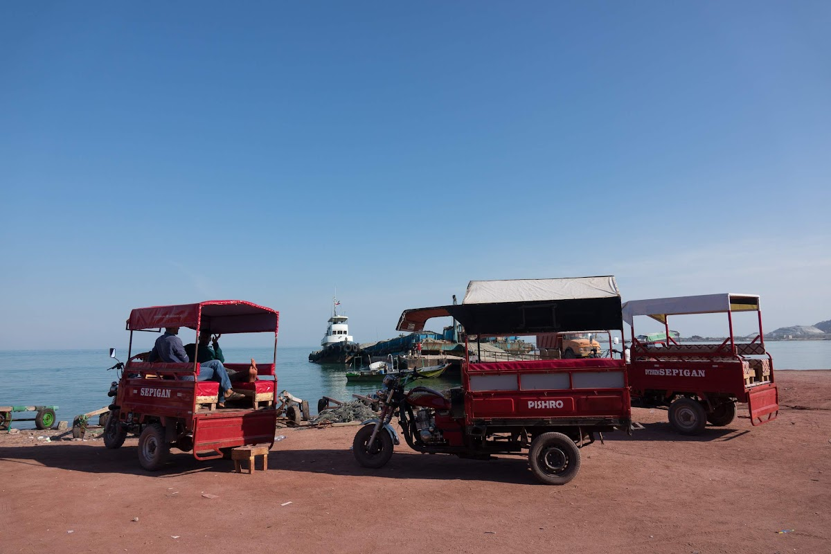 Hormuz Island Guide: Travel Tips & Things To See // Tuk-tuk for rent, an option to explore Hormoz
