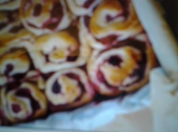 Raspberry Rolls Recipe