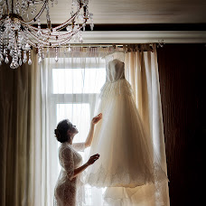 Wedding photographer Oleg Yurev (banzaygelo). Photo of 17.02.2014