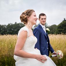 Wedding photographer Lotte Vlot (lottemarie). Photo of 17.08.2016