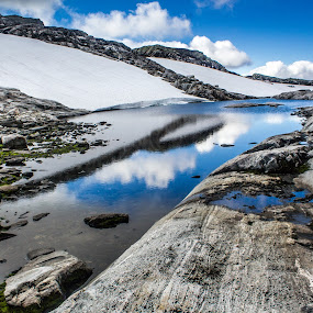 Dynamic lines by Fredrik A. Kaada - Landscapes Waterscapes ( water, sky, nature, blue, outdoor, reflects, rocks, sun,  )