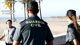 La Guardia Civil en una de sus actuaciones.