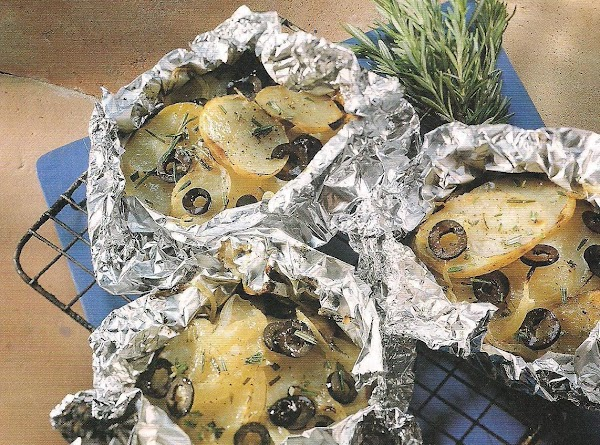 Potato And Onions Grills With Olives Recipe
