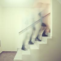 Su per le scale di