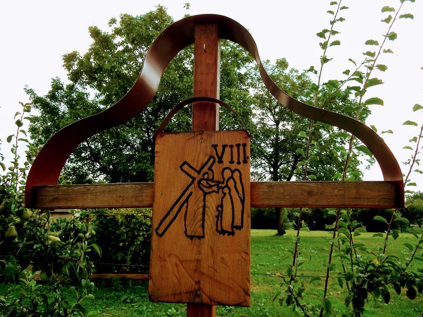 Martjanci (Mártonhely) - križev pot (keresztút a templom melletti kertben)