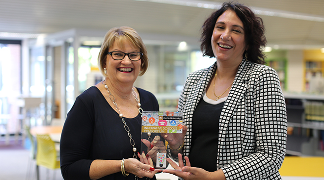 Prof. Jill Downie (Deputy Vice-Chancellor Academic, Curtin) and Mrs Donella Beare (Principal, St Stephen's School)