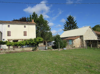 maison à Saint-Aubin-le-Cloud (79)