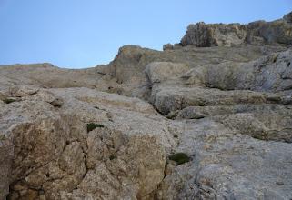 Photo: Na sidriscu, pogled na desno varijanto, previs - zajeda in izstopna plata na gredo.. levo, original, zajeda + kamin