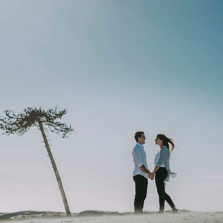 Wedding photographer Fernando Grela tuset (Fgtfotografia). Photo of 07.12.2017