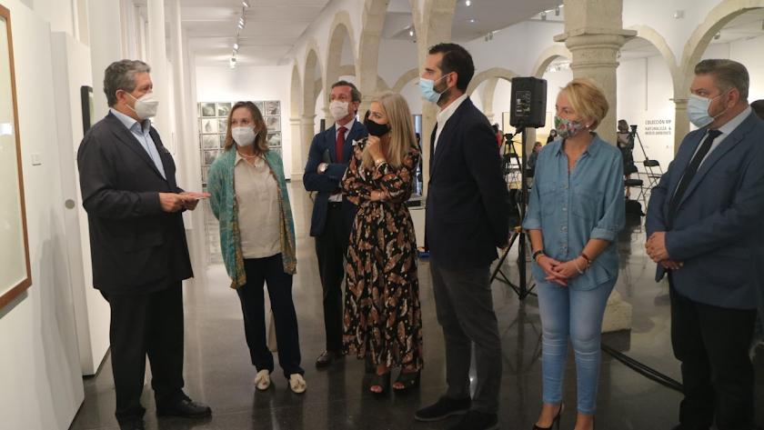 Visita institucional de la consejera de Cultura al CAF para inaugurar dos nuevas exposiciones.