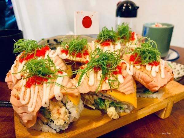 楠梓最火紅的日式料理/必吃隱藏版炙燒鮭魚起司花捲/CP值高/森川丼丼