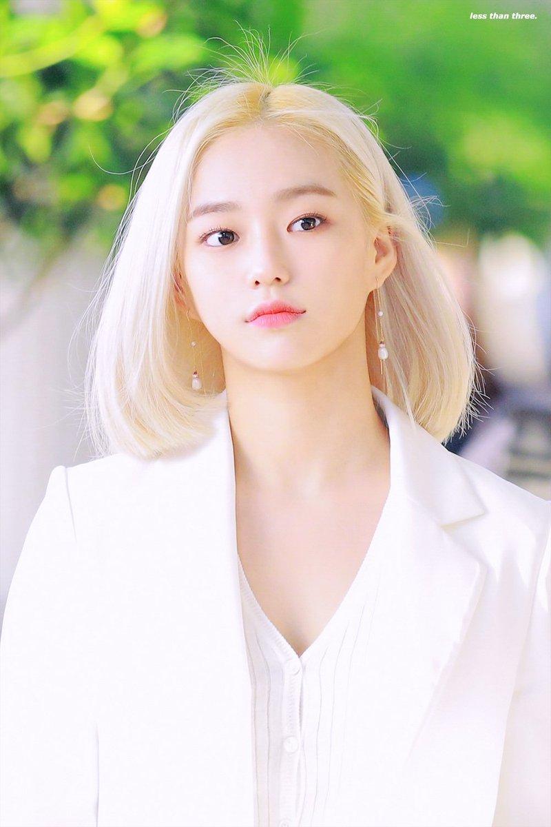 yeeun suit 36