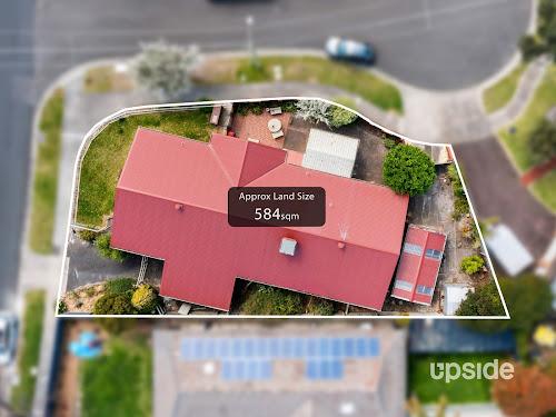 Photo of property at 5 Prestwick Court, Frankston 3199