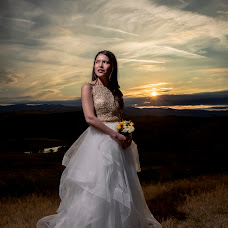 Wedding photographer Marius Valentin (mariusvalentin). Photo of 28.09.2017