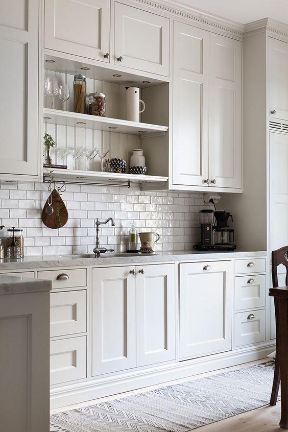 cocina armarios altos.jpg
