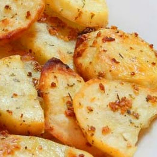 Baked Garlic Potato Slices.