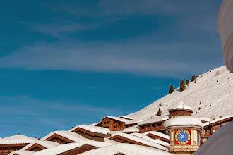 Photo: Les toits de Belle Plagne, et l'horloge du village