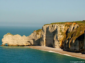 Photo: #024-Etretat, la falaise d'Amont.