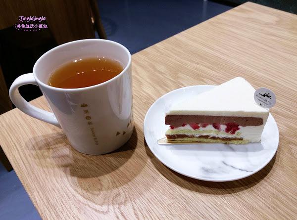 山里日紅(台中金典門市)。阿里山好茶與甜點結合的愜意喝茶時光(+插座)